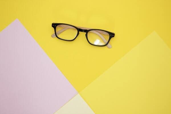 タブレット学習のデメリット2:視力の低下
